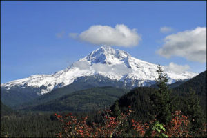 Mount Hood dormant volcano in Oregon