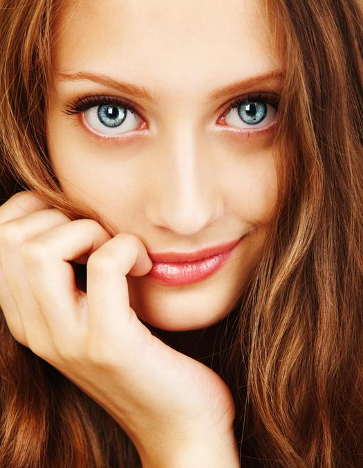 red hair woman with blue eyes