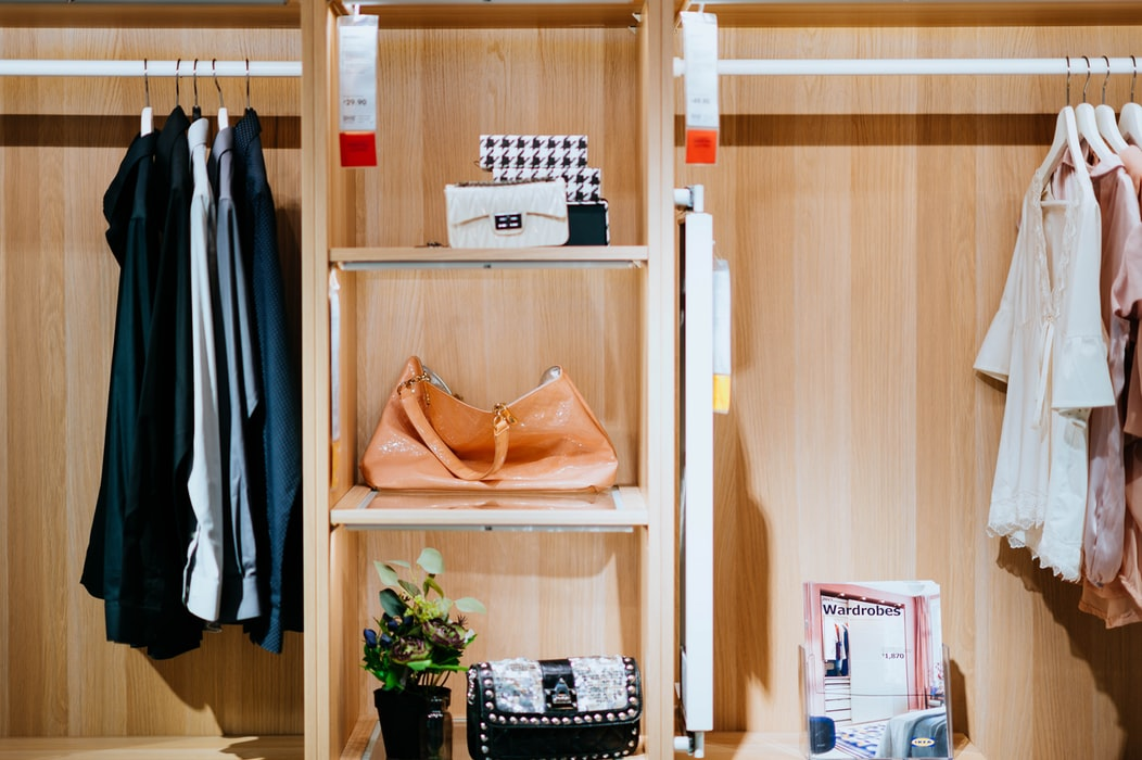 Closet Purge: How to Decide What to Keep and What to Ditch in Your Wardrobe