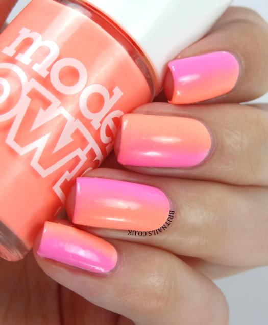 orange and pink ombre nail polish