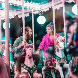 50 fun first dates carousel amusement park couple