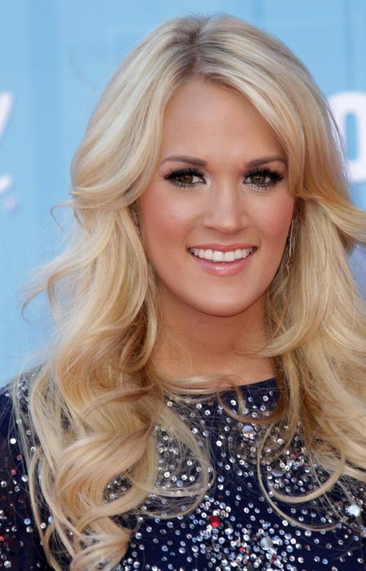 15 Carrie Underwood Hairstyles That Blow Us Away More