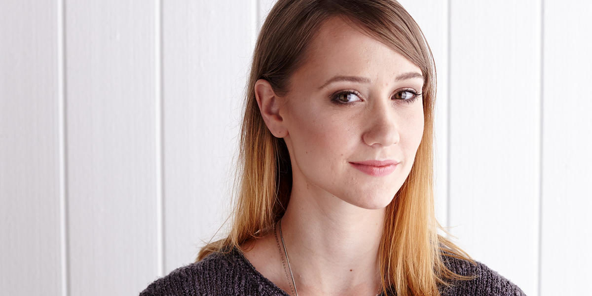 Petite Facial Features? This Is the Contouring Makeup Tutorial For YOU