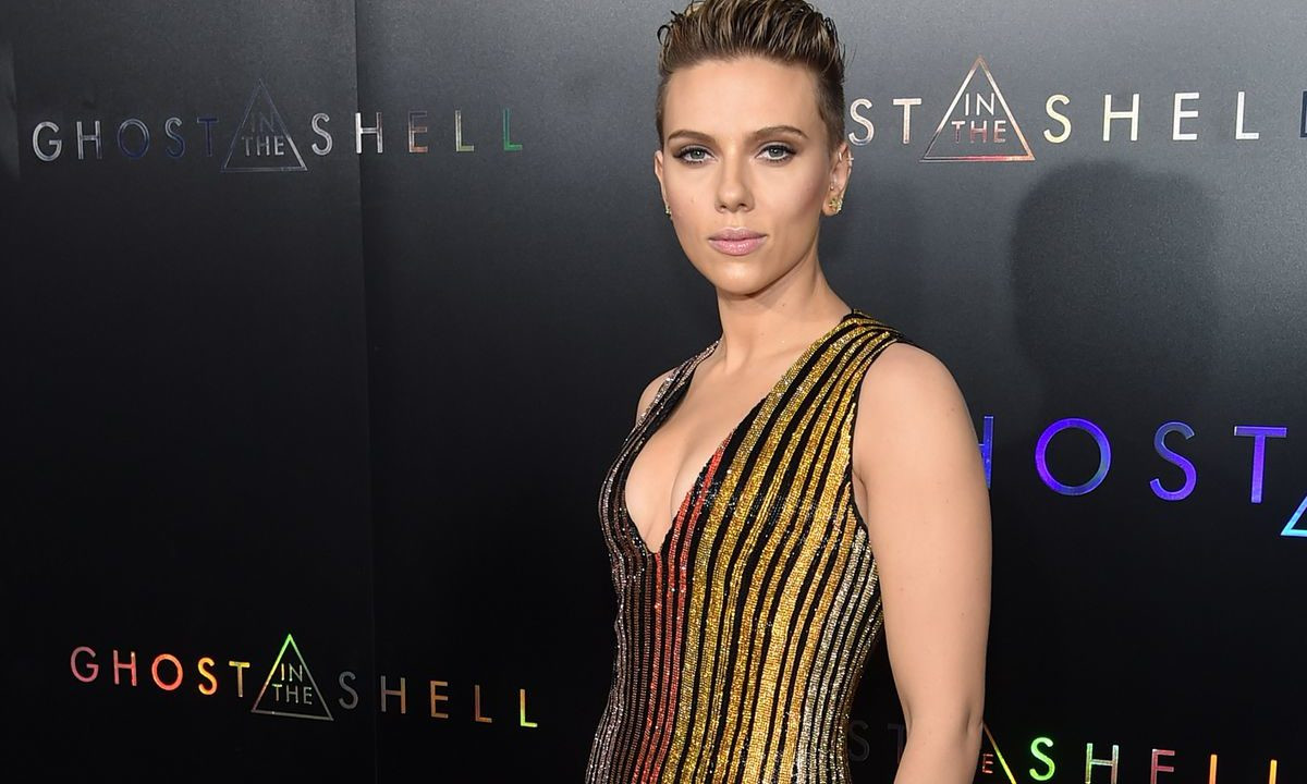 15 Little Known Facts About Scarlett Johansson