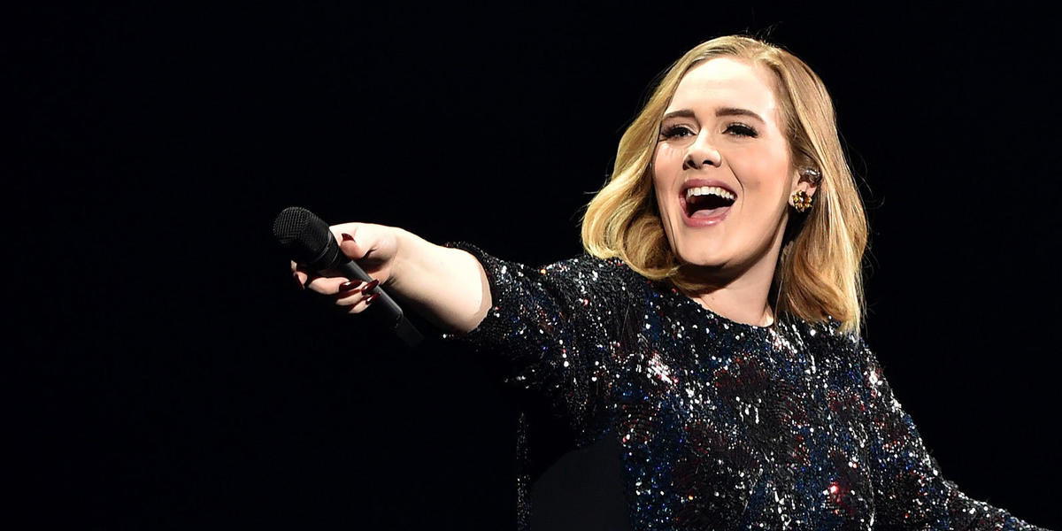 Adele's Priceless Reaction to This Fan Will Make You Love Her Even More