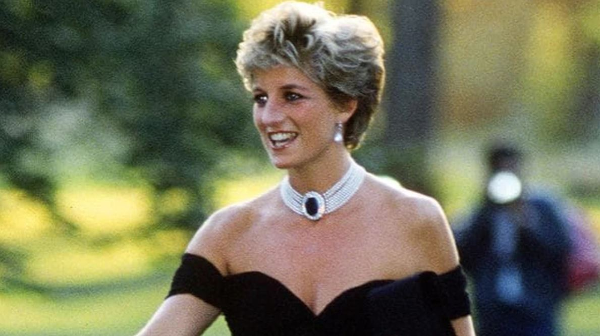 Social Media Mourns Princess Diana on 19th Anniversary of Her Death