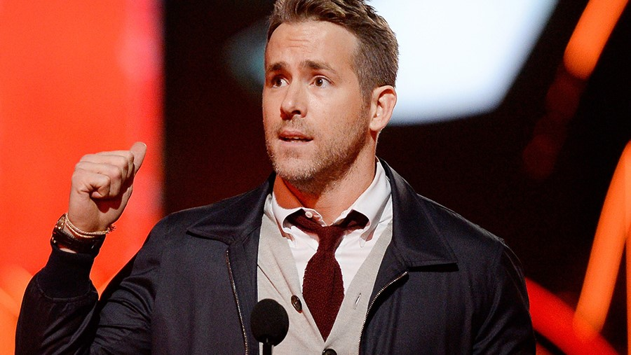 Ryan Reynolds' 10 Best Responses to Sex Propositions on Twitter