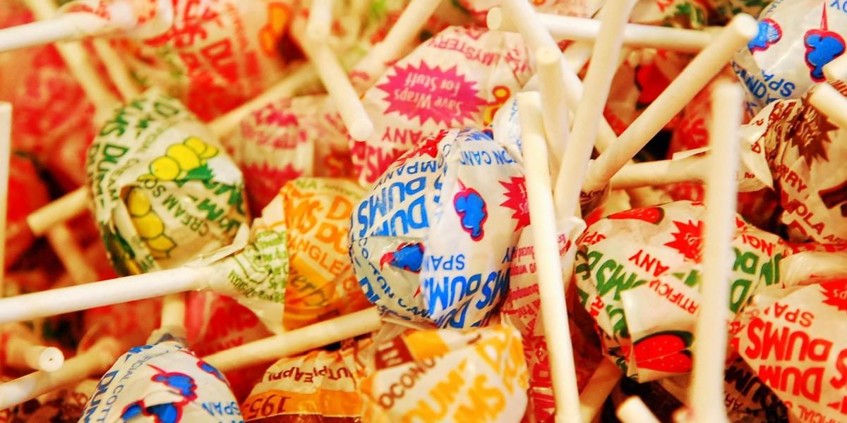 DIY Lollipop Lip Gloss Gives A New Meaning To Candy Crush