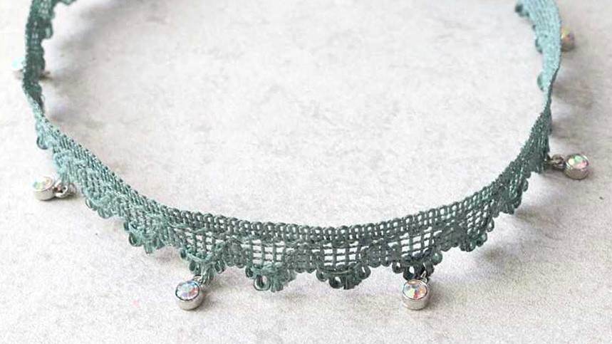 This DIY Crystal & Lace Choker Feeds Our '90s Soul