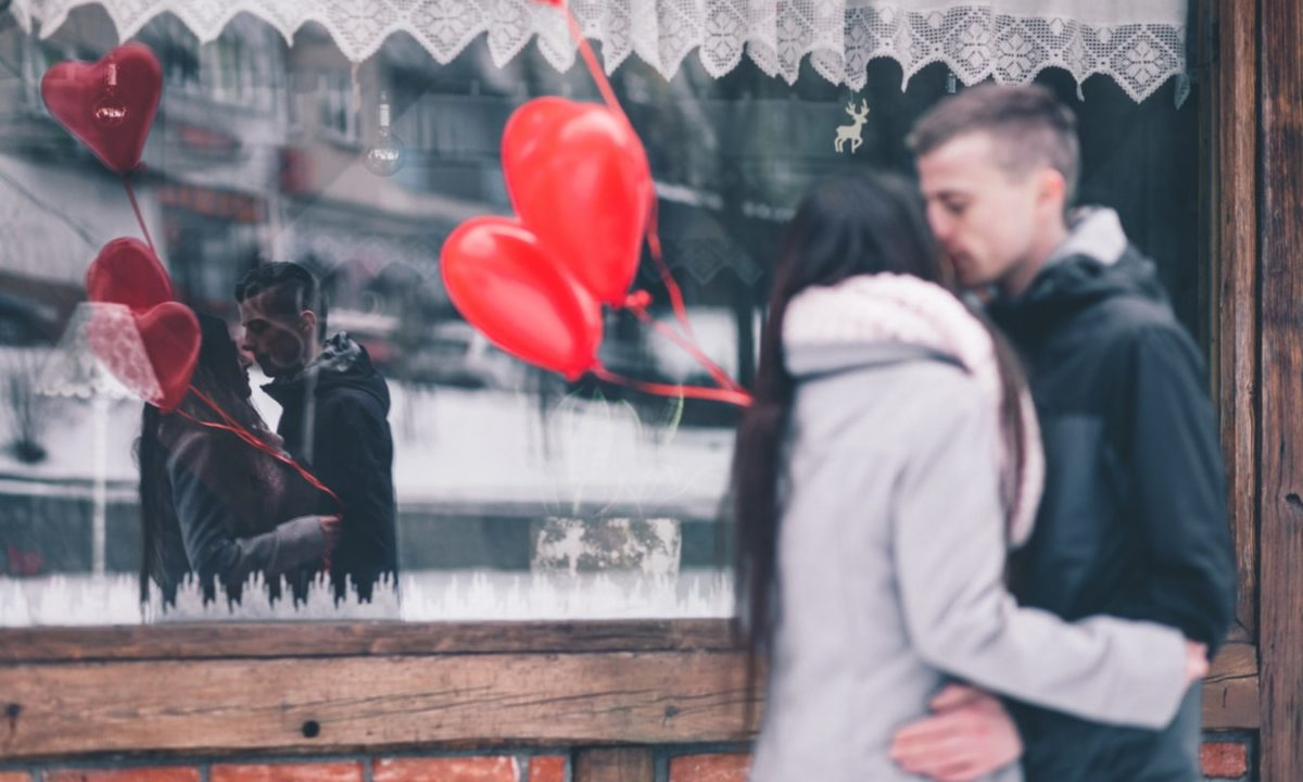 14 Affordable Valentine's Day Dates That Won't Make You Look Cheap