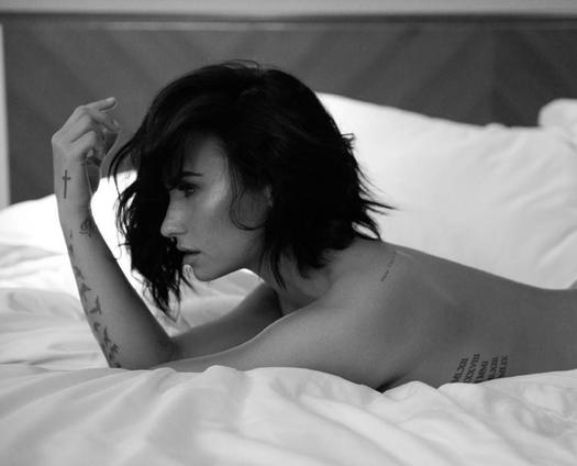 demi lovato with short hair topless