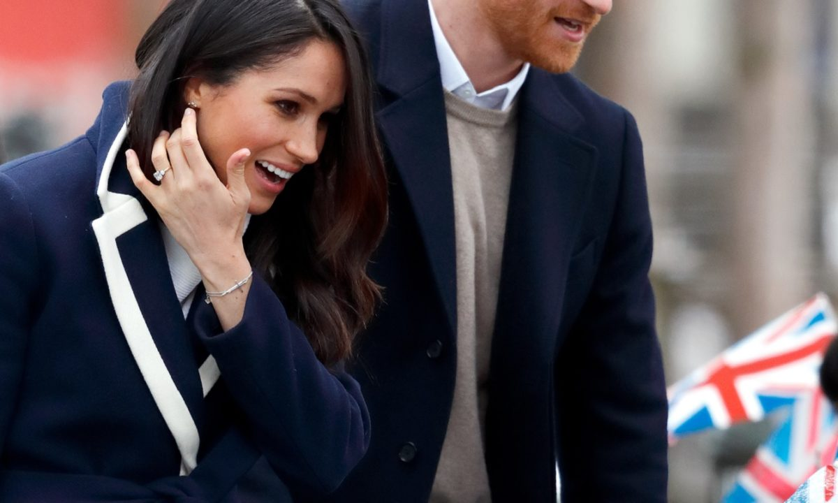 4908ffaca 8 Of Meghan Markle's Favorite Affordable Brands, And What To Buy From Each