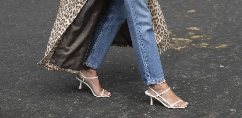 They're finally back in stock.  This story originally appeared on Instyle.com by Alexis Bennett  If you're still trying to figure out the best pair of sandals to add to your summer lineup, look no further.Topshop's Strippy sandalseems to…