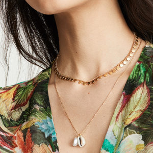 Madewell puka shell pendant necklace