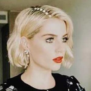 The Exact Products Lucy Boynton's Makeup Artist Used for Her Perfectly '60s Oscars Look