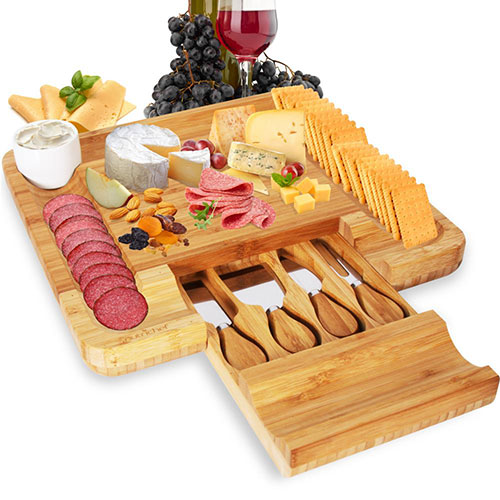 Nutrichef Bamboo Cheese Cutting Board Set