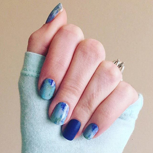 25 of the Best Blue Manis for Summer