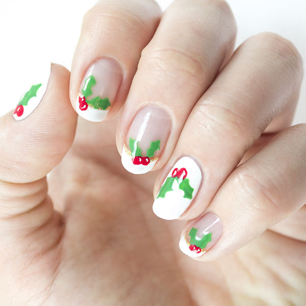 Christmas Nails: Have a Holly Jolly Mani