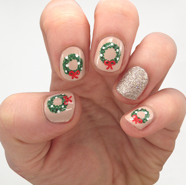 Festive Christmas Nails to Get You in the Holiday Spirit