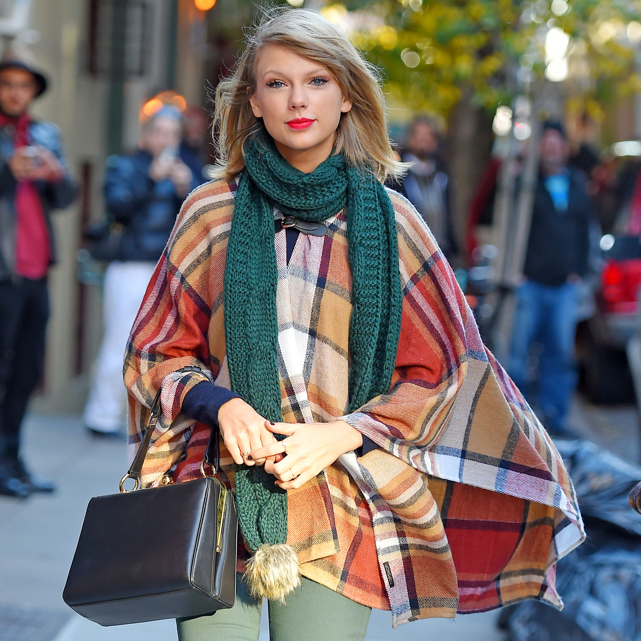 The Ultimate Taylor Swift–Style Guide to Fall Fashion