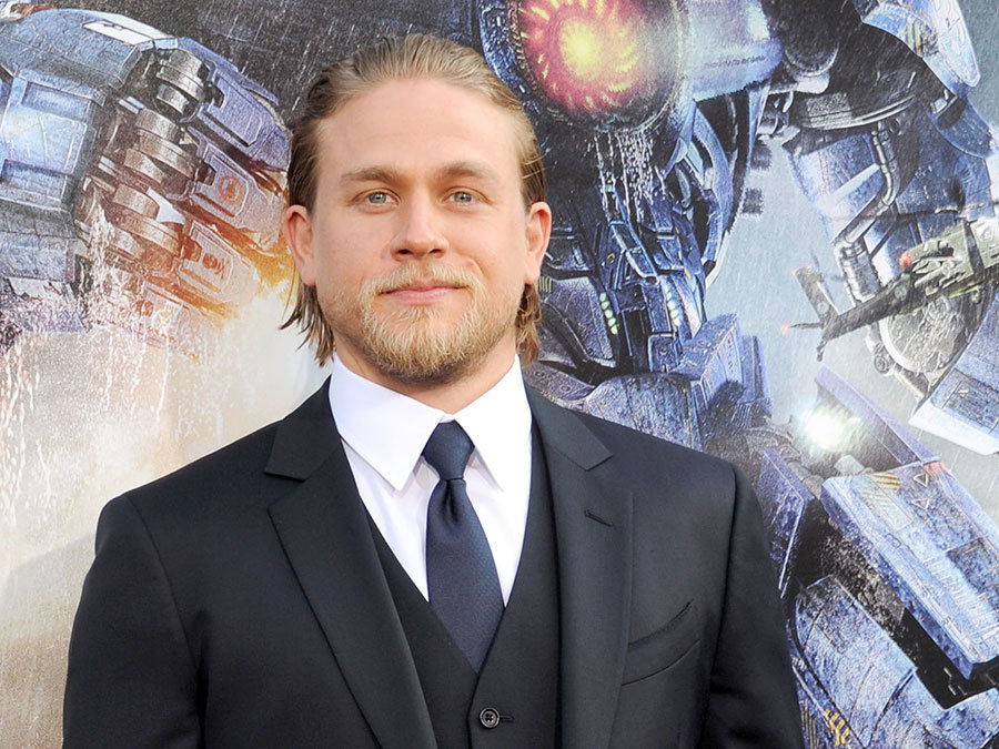 "Charlie Hunnam Isn't Returning for ""Pacific Rim 2"" and It Could Be For the Best"