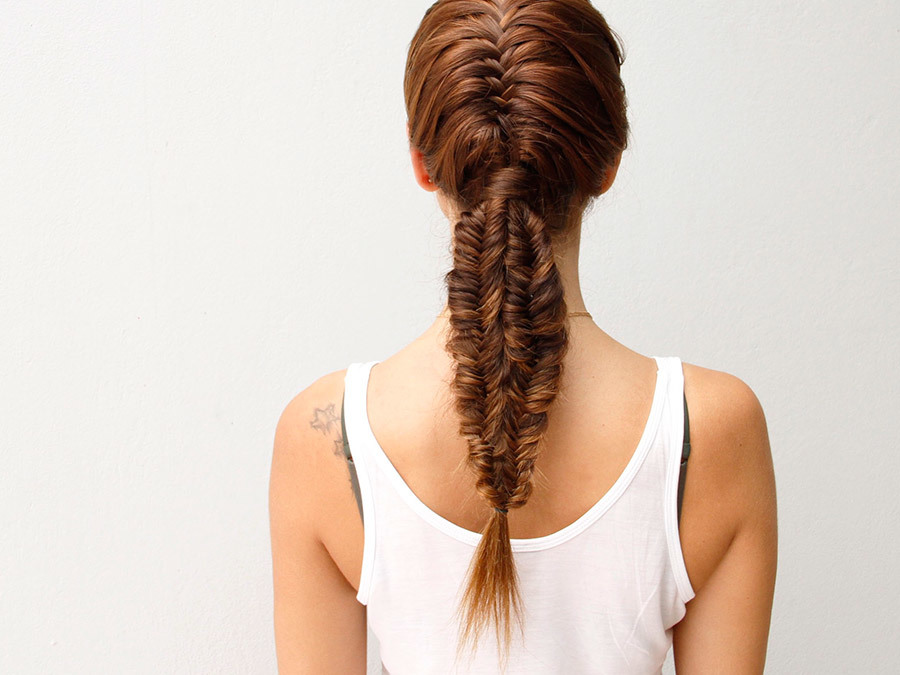 This French Fishtail and Mermaid Braid Combo is the Best of Both Worlds