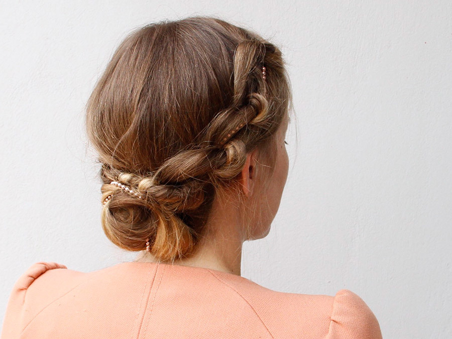 How to Get Jennifer Lawrence's Stunning Knotted Updo (Without Hiring Her Stylist)