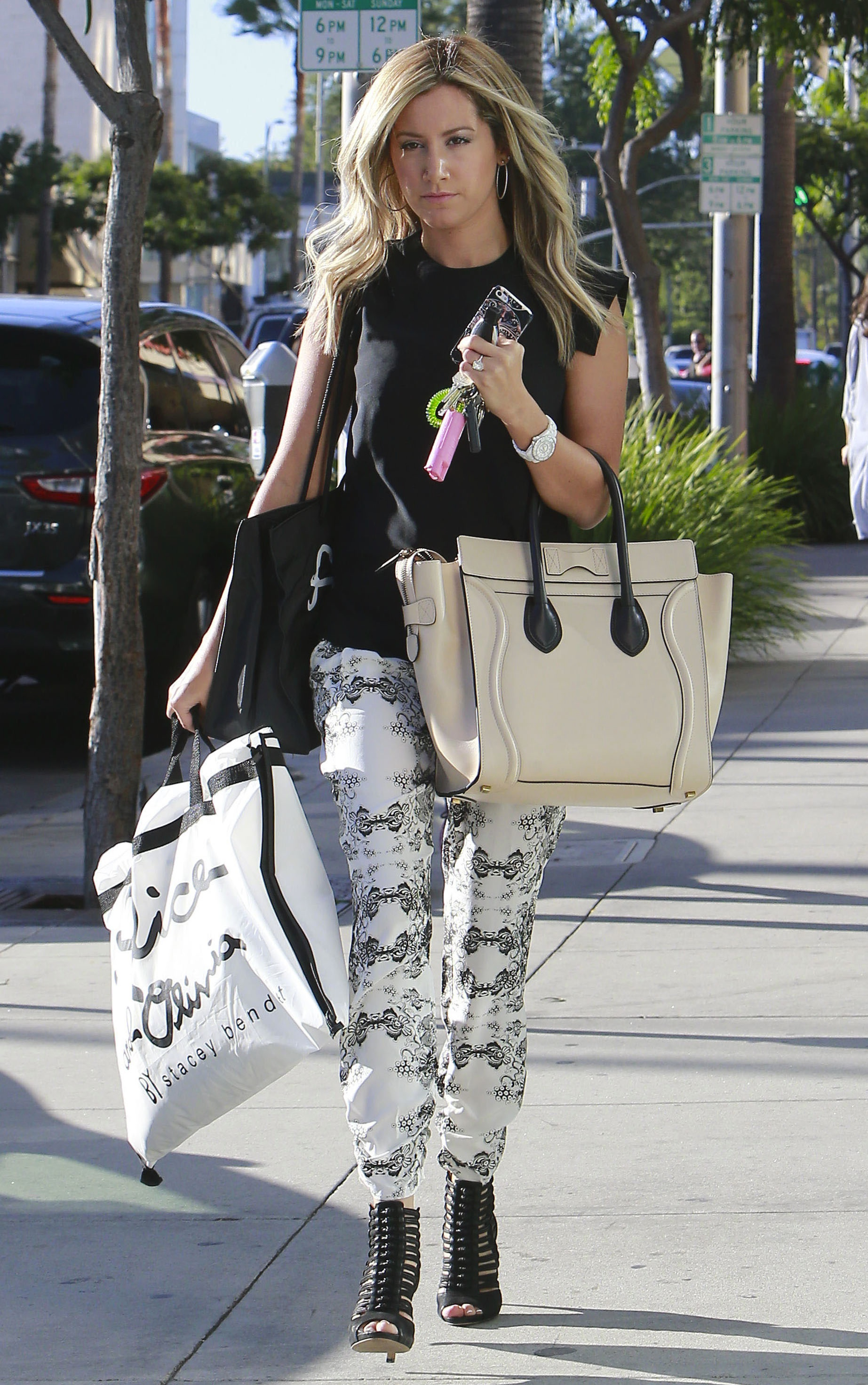 Get the Look: Ashley Tisdale's Black & White Style