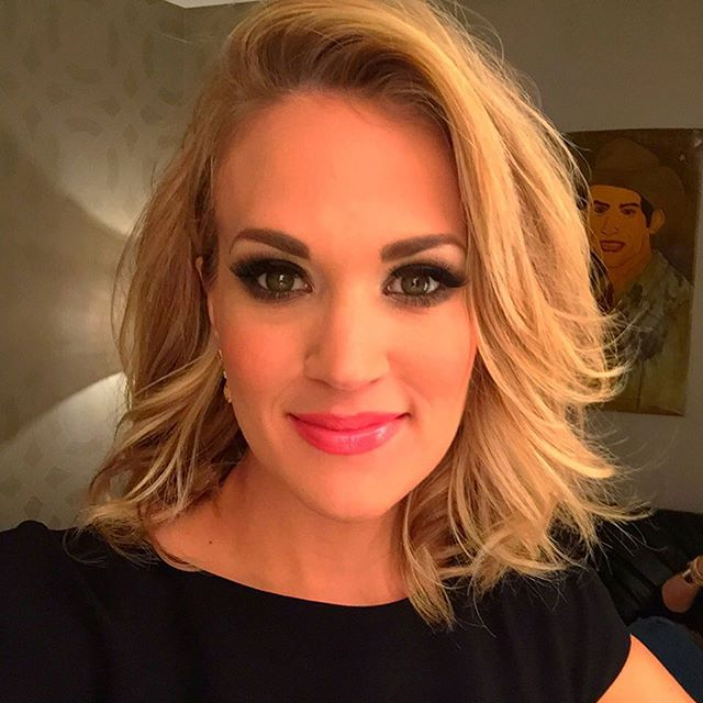 76643885187 Superstar songstress Carrie Underwood is committed to a plant-based diet.  She said in a 2015 interview,