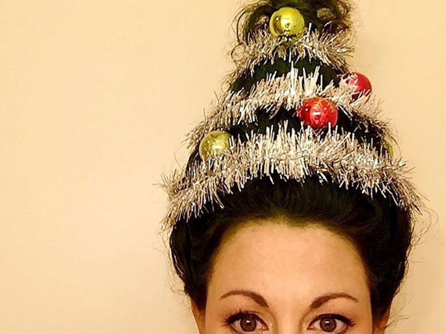 Christmas Tree Hair Is The Style We've Been Pining For All Season