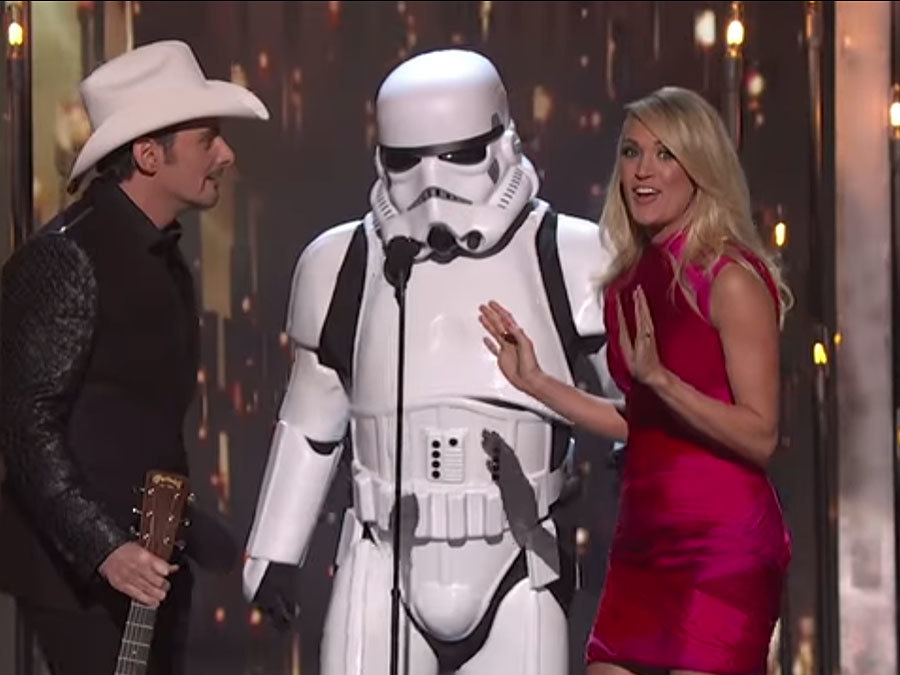 5 Things You Need To Watch For During The 50th CMA Awards