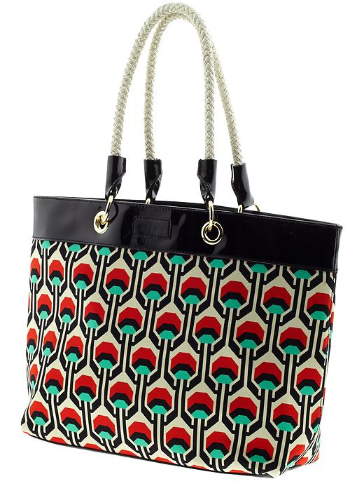 10 Tote Bags Perfect for Beach Days