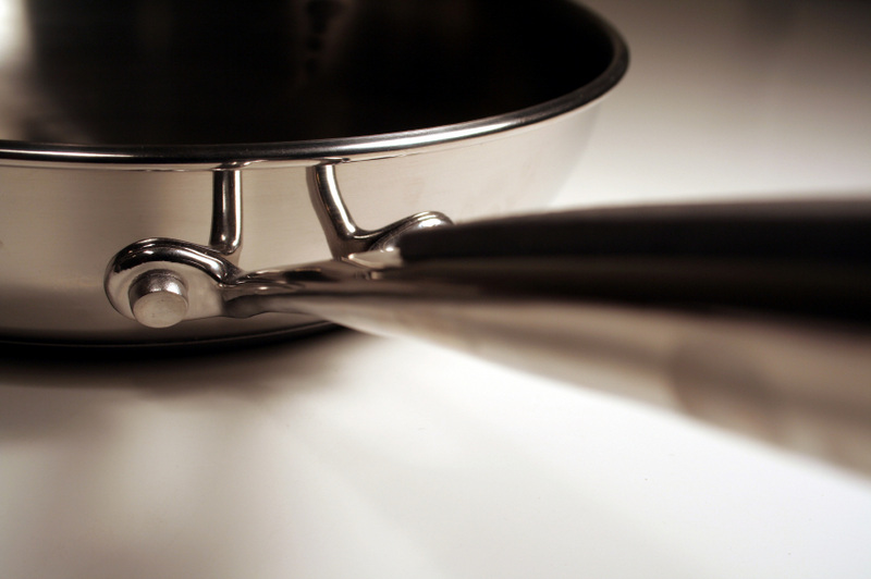 Six Alternatives to Traditional Non-stick Cookware - More
