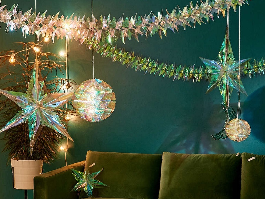 15 Holiday Decorations You Need To Deck The Halls In The Best Way