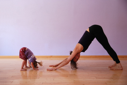 Postpartum Phys. Ed. – Mom-and-Baby Workouts