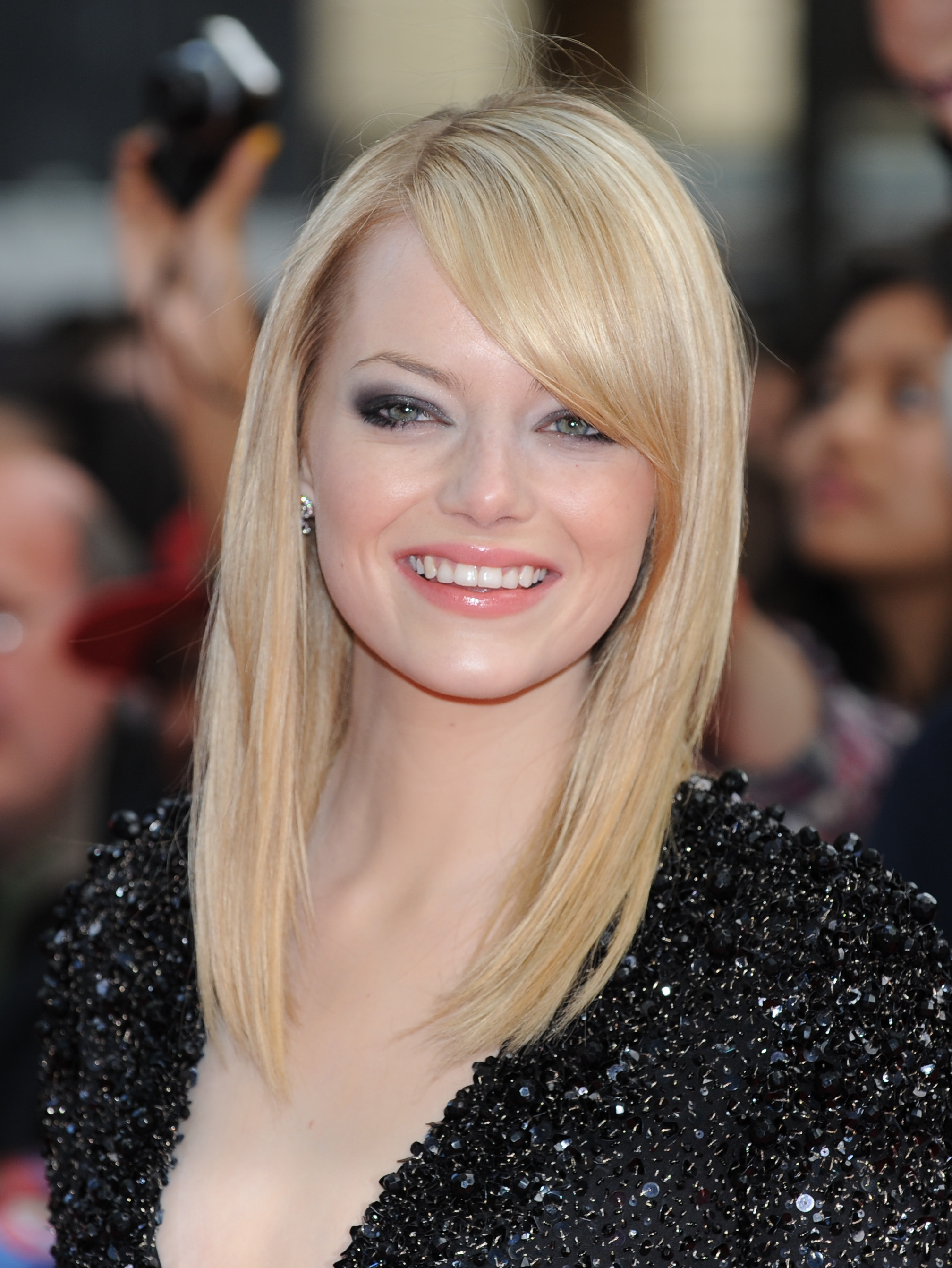 10 Gorgeous Medium Hairstyles