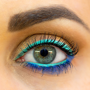 Don't Fear Bold, Bright Eyeliners