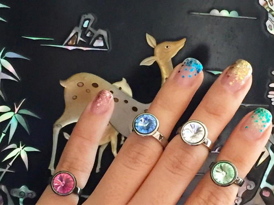 We're Crying Over How Awesome This Glitter Tears Manicure Is