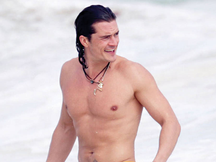 Orlando Bloom's Shadow Doesn't Leave Much to the Imagination