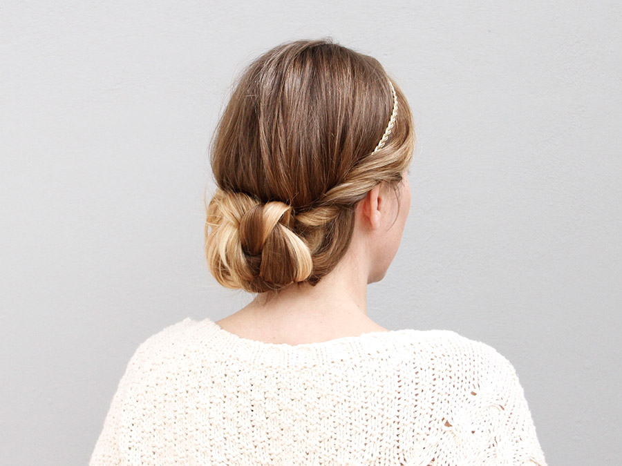 Master These Super-Cute Headband Hairstyles in Under 5 Minutes