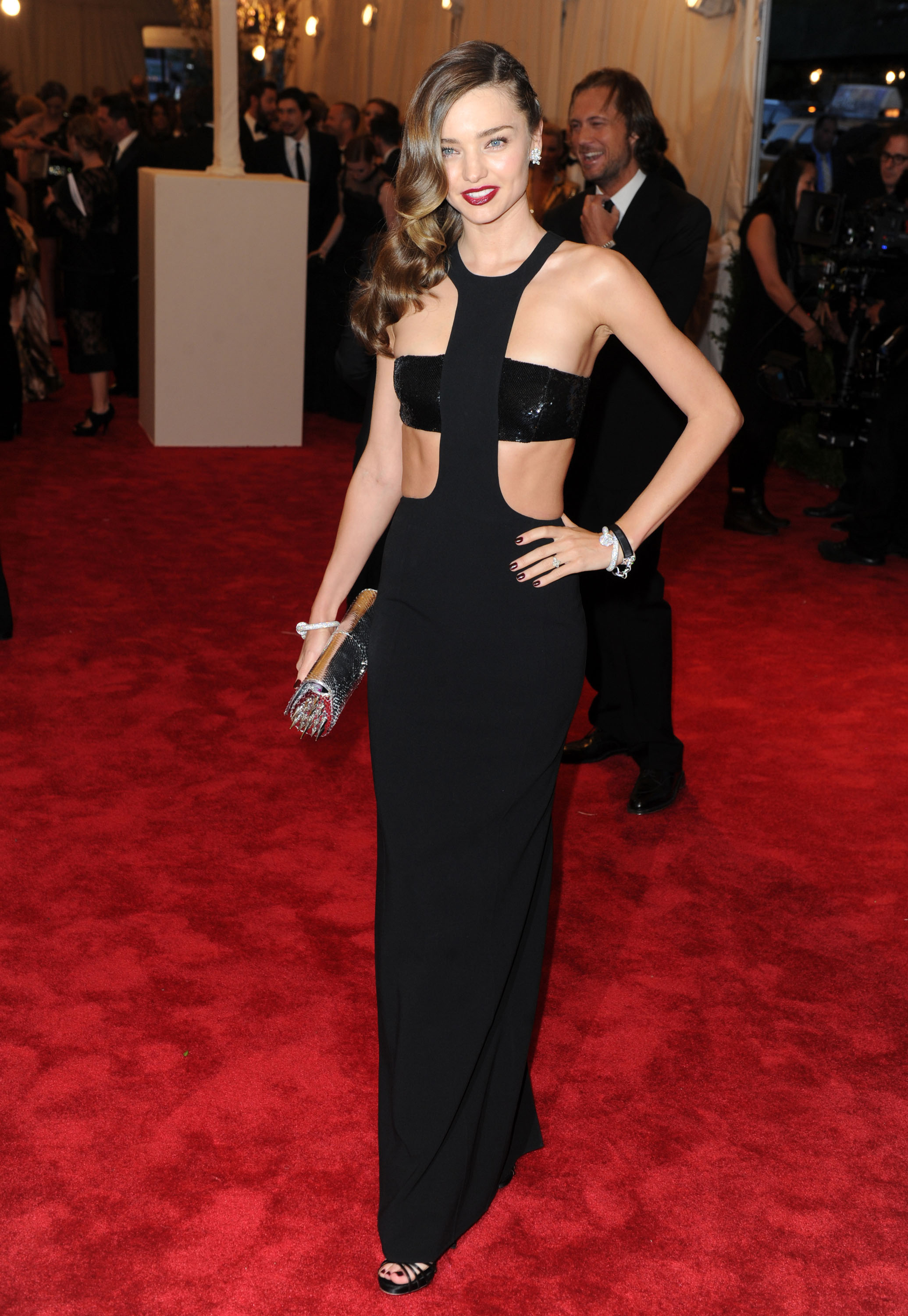 Cutouts On The Red Carpet: Celebrities Showing Skin