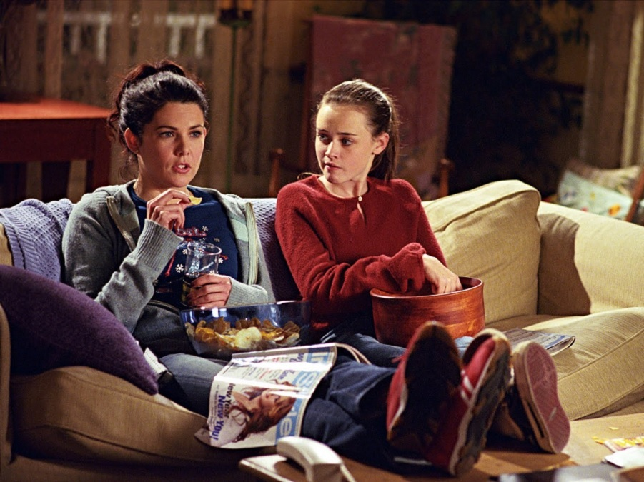 The New 'Gilmore Girls' Featurette Is Giving Us All Of The Feels