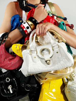 Great Places to Score a Discount Designer Handbag
