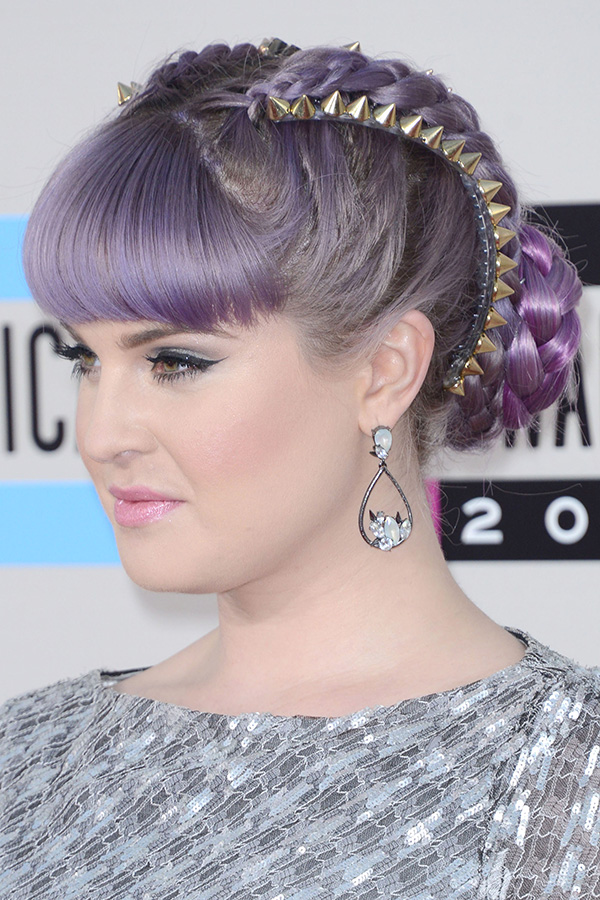 Red Carpet Looks from the 2013 American Music Awards