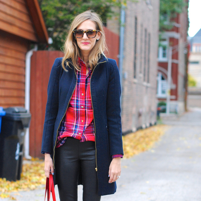 Leather Pants: Add Some Edge to Your Attire