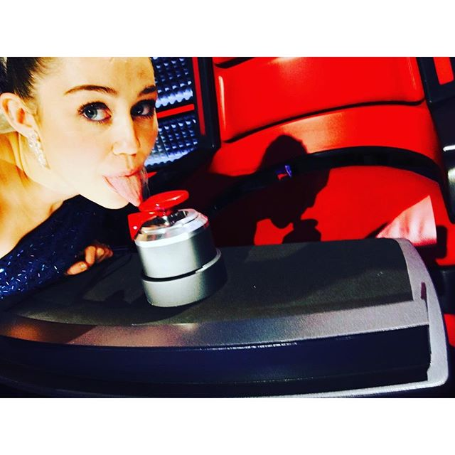 Miley Cyrus Announced as Adviser for The Voice