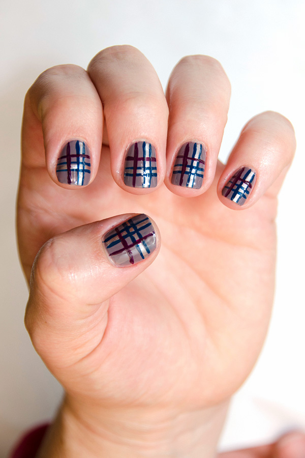 Easy Plaid Nail Art How-To