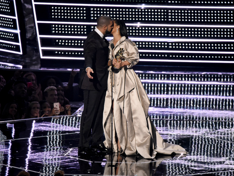 People Can't Handle Drake Getting Friend Zoned by Rihanna