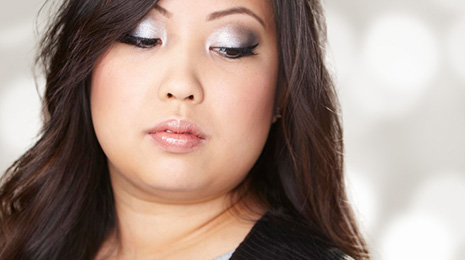 Sex It Up This Holiday Season With This Silver Smoky Eye