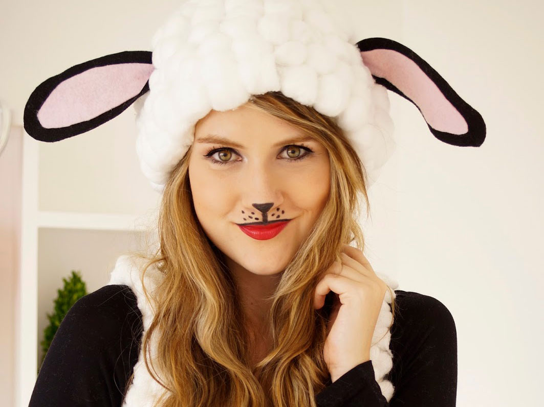 10 Easy Halloween Costumes for the Stylish Gal